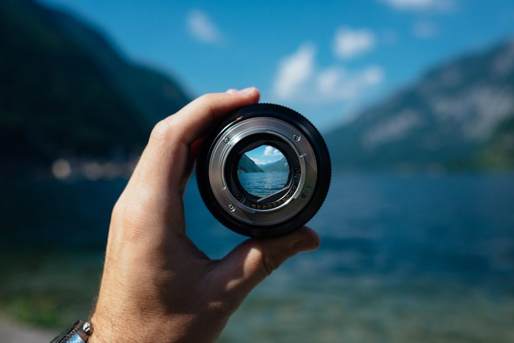 Common Project Management Mistake: Looking Through A Photo Lens At The Big Picture